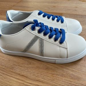 BRAND NEW WHITE/BLUE/SILVER SHOES